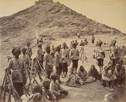Halt of prisoners from Bassaule, with escort 45th Rattray's Sikhs, on the Khurd Khyber.